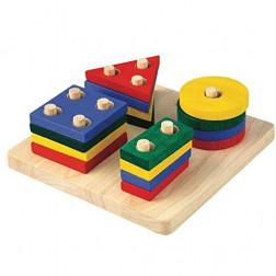 Дерев'яна іграшка Сортер-дошка з геометричними фігурами